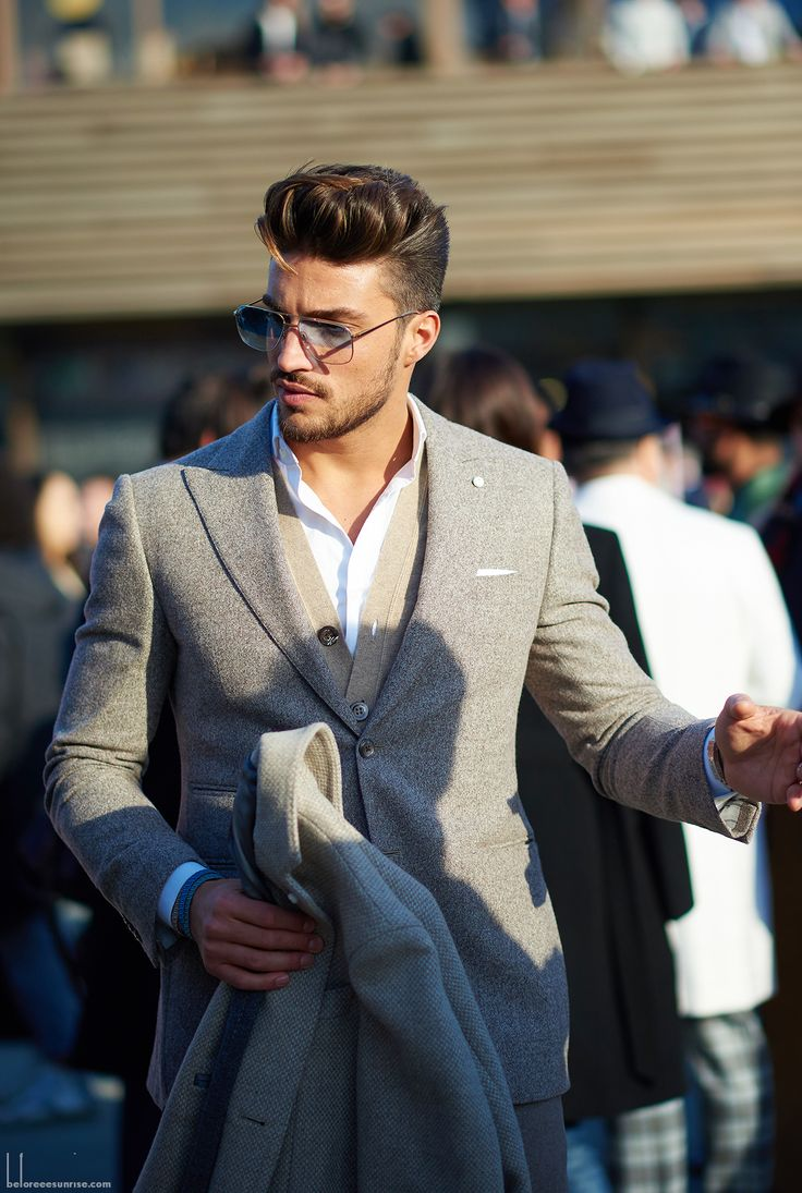 Pitti Uomo 87 Florence, Italy    Mariano Di Vaio    Photo by YuYang