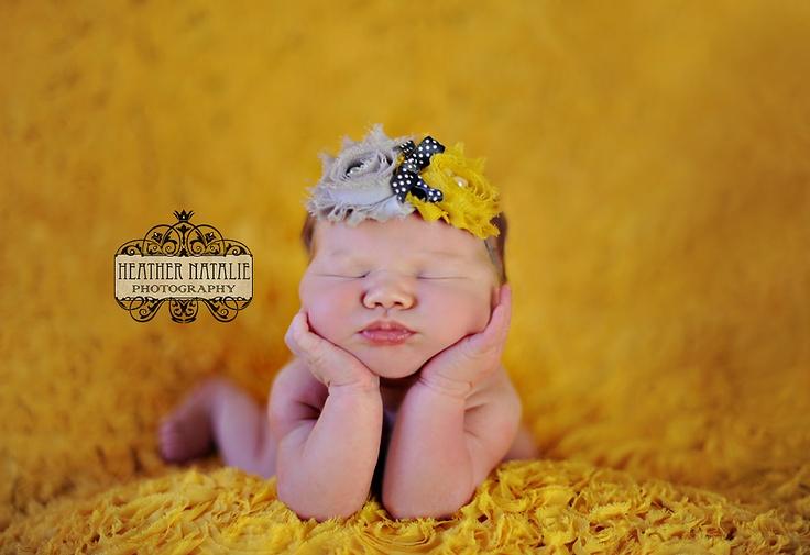 Newborn photography chin pose https www facebook com heathernataliephotography