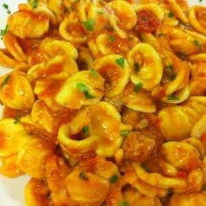 Come preparare Pasta con rana pescatrice col Bimby della Vorwerk, impara a preparare deliziosi piatti con le nostre ricette bimby