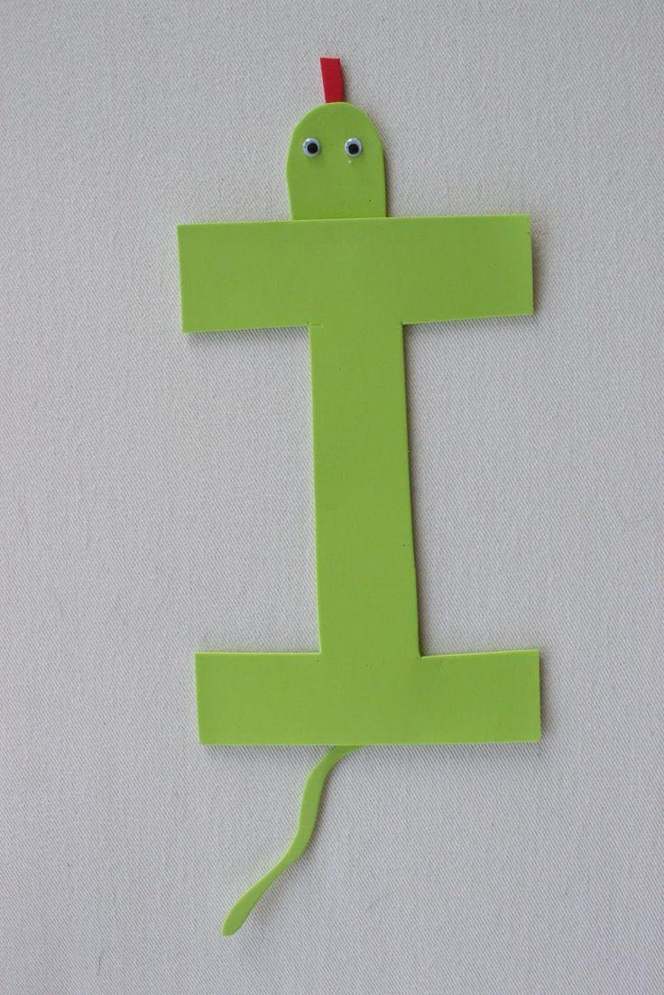 Letter i iguana preschool craft ideas pinterest best for E crafts for preschoolers