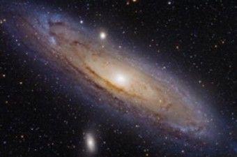 La galassia Andromeda, a circa 2,3 milioni di anni luce da noi. Crediti: NASA