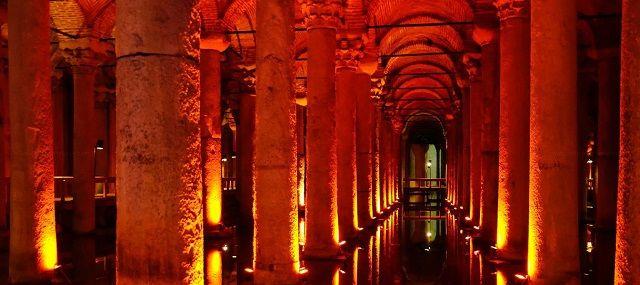 Yerebatan Cistern #travel #istanbul #turkey #holiday #voyage #history