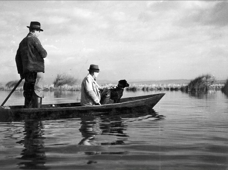 Cacciatori in maremma.   Foto di Niccolo Antinori 1937-1942