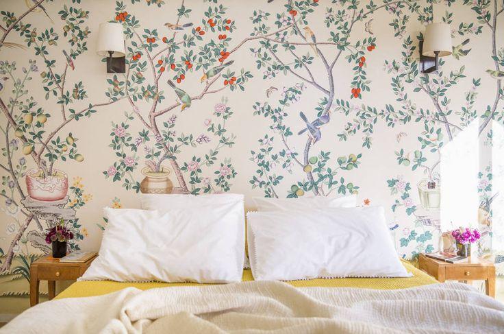 wallpaper in this paris apartment