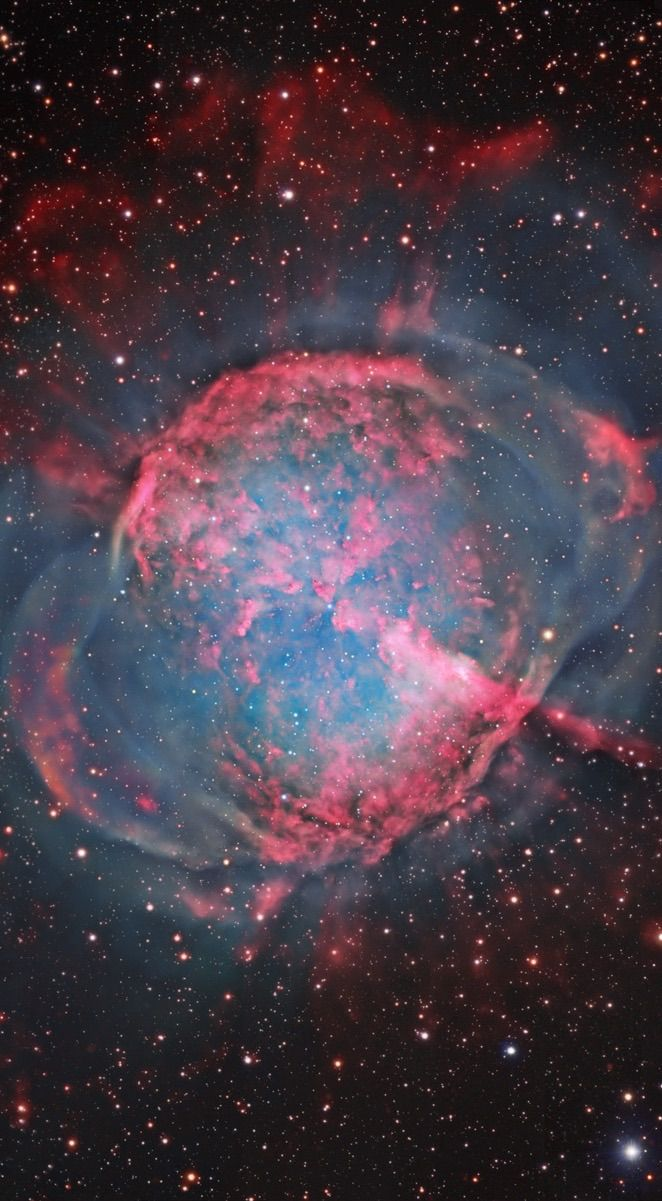 M27, The Dumbbell Nebula in Vulpecula Composite Image from four Data sources 8.2 Meter Subaru Telescope (NAOJ) Hubble Space Telescope 0.9M Telescope, Brigham Young University Bill Snyder (some color and outer shell data) Image Assembly and Processing : Robert Gendler