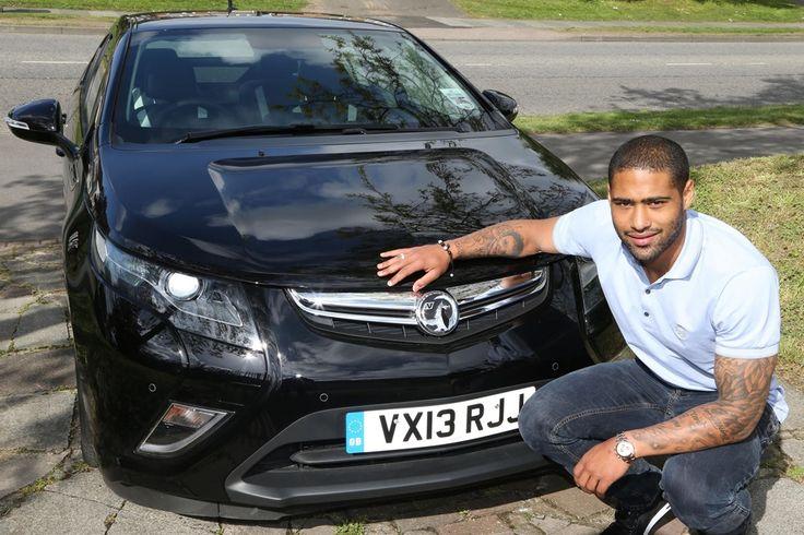 El Liverpool FC une fuerzas con Vauxhall Motors
