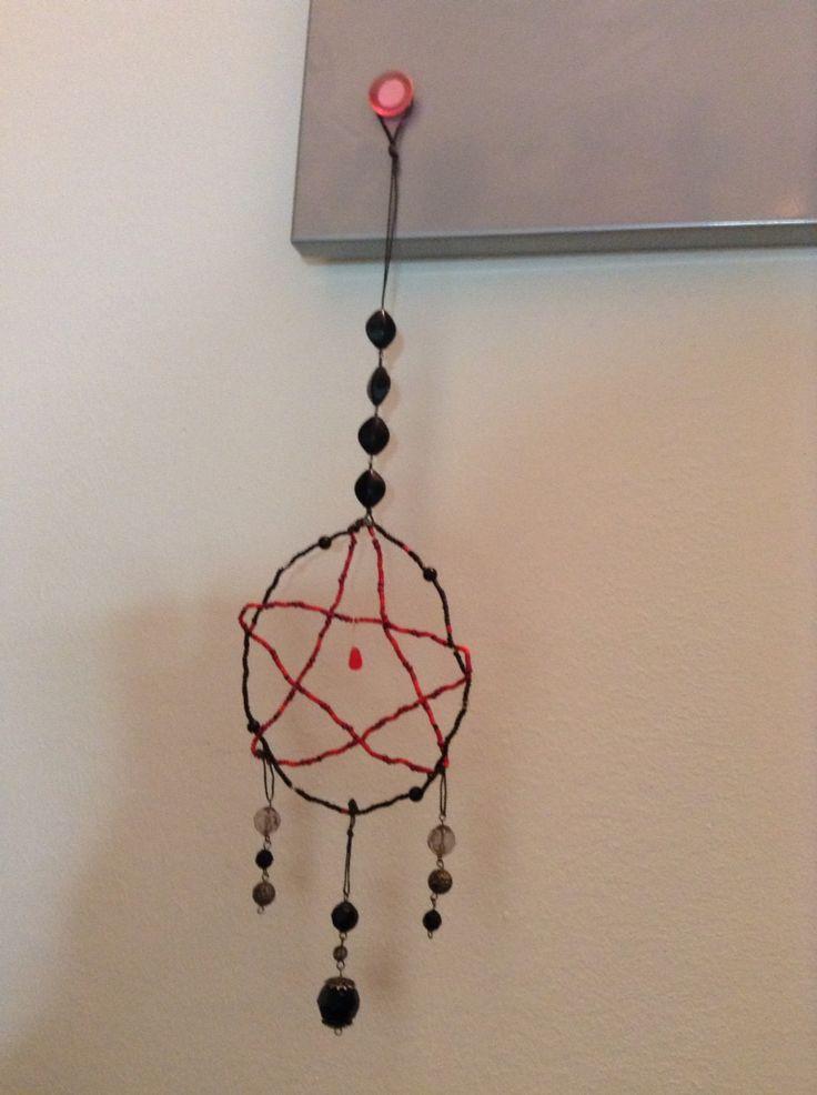 Pentagram i med positivenergi (jord,eld,vatten,luft & ande) gjord till min bror.