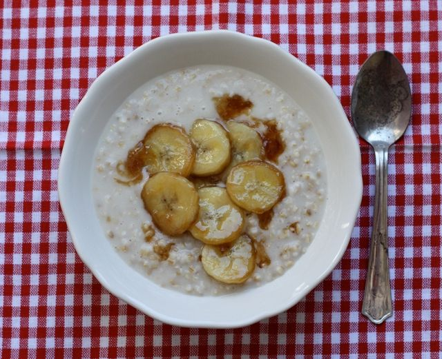 overnight steel-cut oatmeal with quick caramelized bananas   writes4food.com