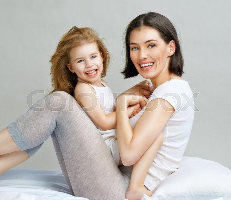 фотосъемка мама с детьми в студии: 25 тыс изображений найдено в Яндекс.Картинках
