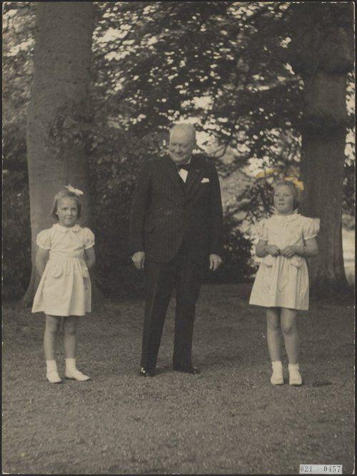 Winston Churchill with Princess Beatrix and Princess Irene, 1946.