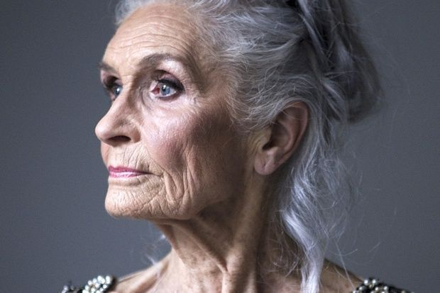 She earns £1k a day at 87: meet Daphne Selfe, the world's oldest model | The Times