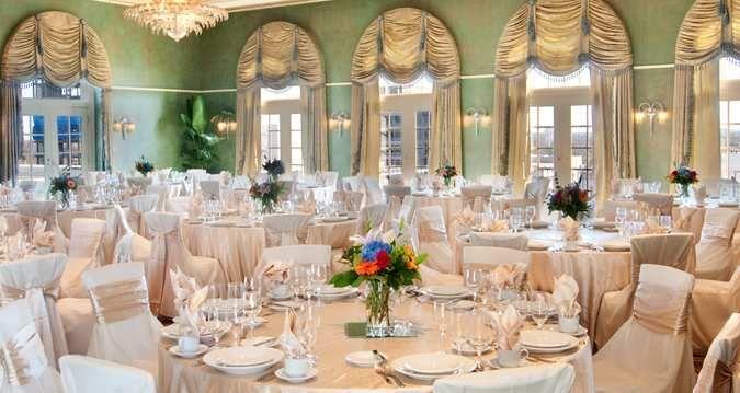 Hilton Baton Rouge Capitol Center | Louisiana | http://www3.hilton.com/en/hotels/louisiana/hilton-baton-rouge-capitol-center-BTRCPHF/index.html Tags: wedding, video, bride