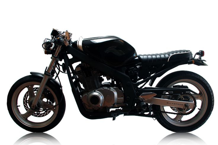 A cool hybrid new/old cafe racer style bike. Moto-Mucci: DAILY INSPIRATION: Ellaspede 007 - 2001 Suzuki GS500
