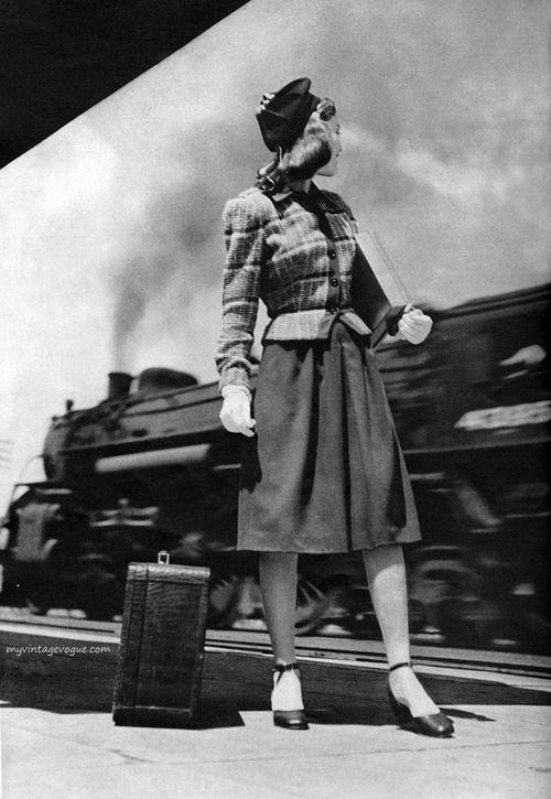 Harper's Bazaar August 1943 - photo by Anne Simpkins