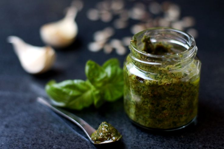 Pesto végétal sans fromage