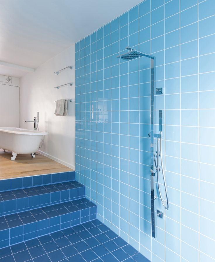 25 beste idee n over lichtblauwe badkamers op pinterest blauw witte badkamers en kleine - Badkamer blauw ...