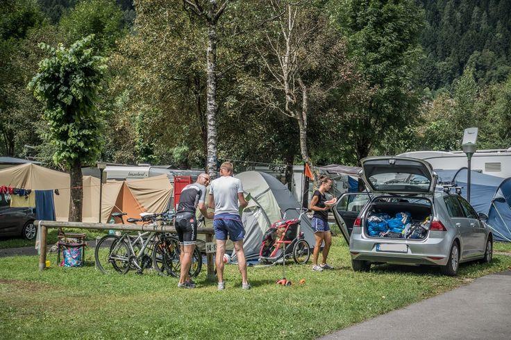 Passeggiata in ciclabile o un bel sentiero da Mountain bike? Voi cosa preferite? In Val #Rendena tutto è possibile! Cycle path or #mountainbike? What do you prefer? In Val Rendena you just have to choose!  #mtb #bici #takeyourtime #valrendena #camping #campingplatz #trentino #dolomiti #dolomites #dolomiten #dolomieten #campiglip