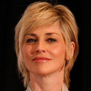 How Does Sharon Stone Look So Young - Sharon Stone Beauty Secrets ...