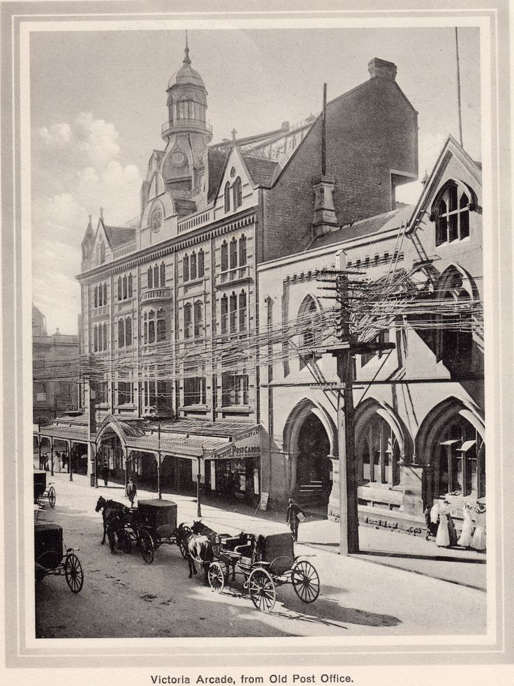 """Victoria Arcade, from Old Post Office. From a booklet called """"43 Views Illustrating Auckland City and Suburbs"""" ~ Gold Medal Series by Fergusson Limited. Printed in Germany."""