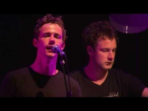 Bitte Bleib - AnnenMayKantereit (Live in Berlin) - YouTube