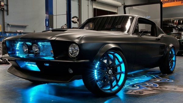 Just A Crazy Pimped Out Old Mustang Cars Awesome Mustangs