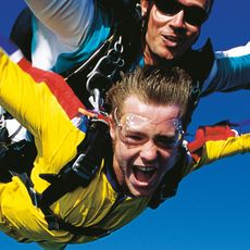 Things To Do in Cairns | Sky Diving | Rydges Esplanade Cairns Resort