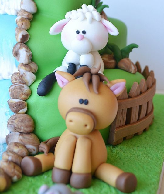 Farm Cake, via Flickr.