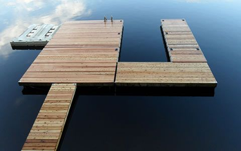 how to build a 14 x14 floating deck