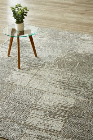 Grey Vintage Patchwork (1.6 X 2.3 m): Water-resistant, durable poly-propylene woven flatweave (1.6 X 2.3 m). Get the c...