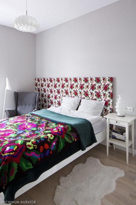 Styl ludowy - folkowe motywy w sypialni
