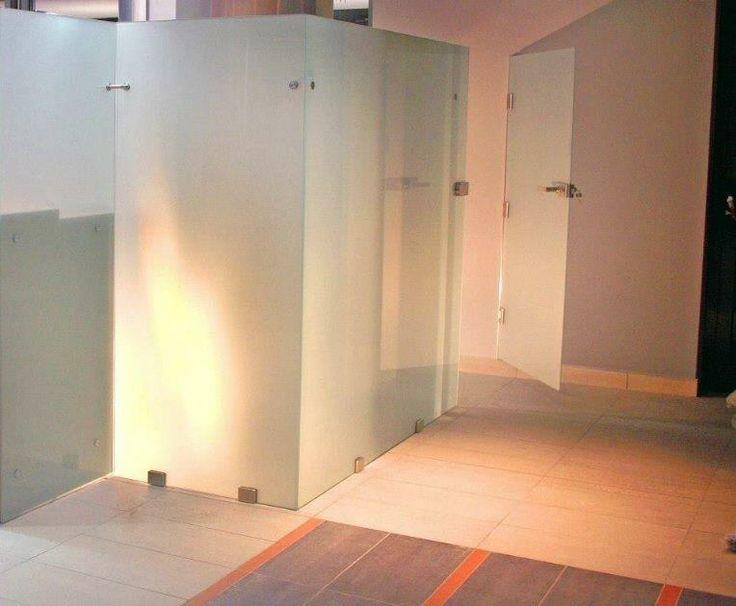 Ścianka szklana , przegroda o wysokości 160 cm  , http://www.projektmebel.pl/scianki-i-przegrody