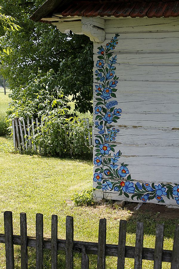 Zalipie - zabytkowa malowana chałupa - Powiśle Dąbrowskie - zdjęcia z Polski