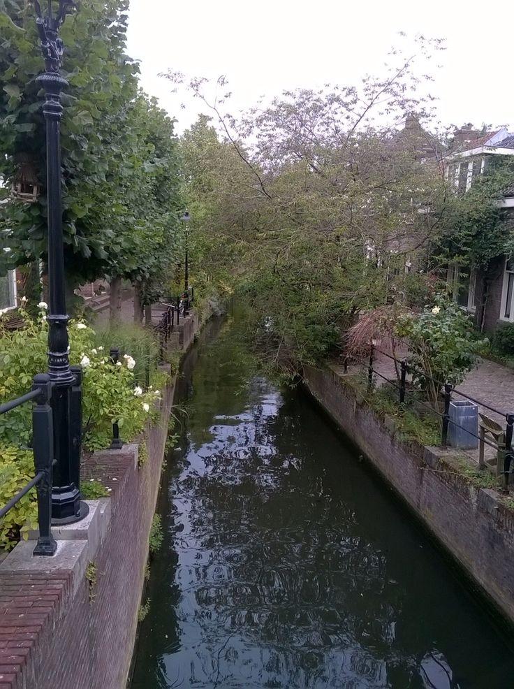 Zwartewater, Utrecht......tegenover Jan van Lingtuin