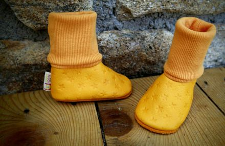 Carry your baby with high socks soft leather slippers - By Madkouch