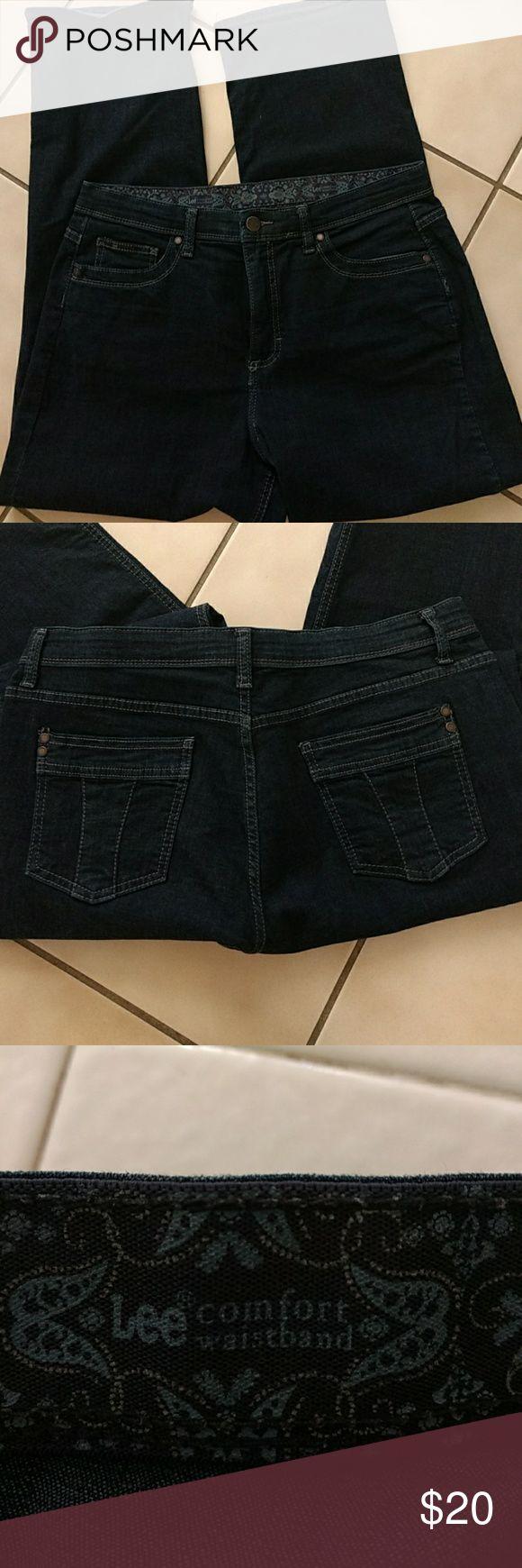 "Women's petite jeans Dark blue comfort waistband Lee jeans. Super comfortable. Inseam 27 1/2"" Across ankle 9"" lee Pants Straight Leg"