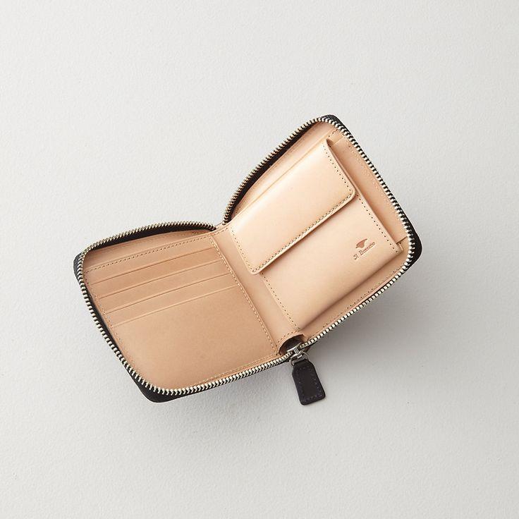 Bi-Fold Zip Wallet: IL BUSSETTO. $138