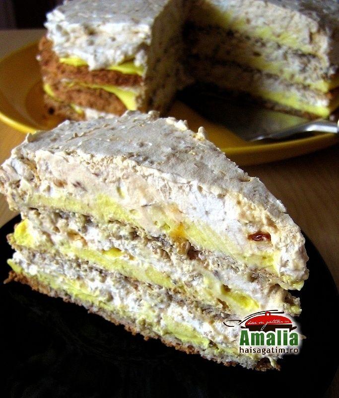 Va recomand o reteta simpla de tort egiptean, usor de preparat si cu ingrediente accesibile. Are doua creme si e un tort delicios!