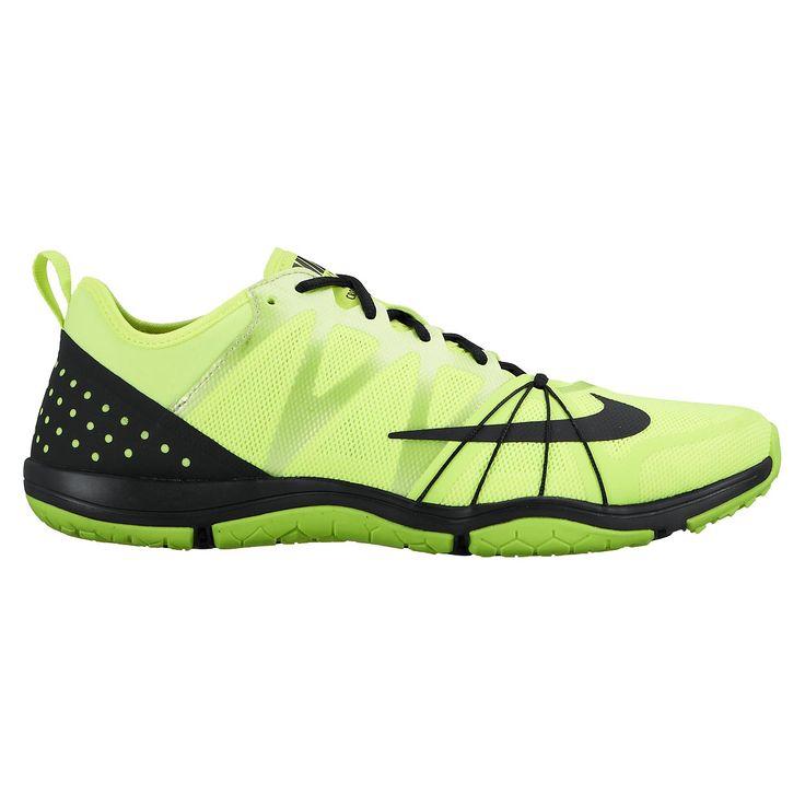 Nike Free Cross Compete fitness schoenen  Description: De Nike Free Cross Compete trainingschoenen zijn ontworpen voor high-intensity trainingen. De schoenen zijn licht van gewicht en hebben een flexibel ontwerp wat zowel demping als stabiliteit biedt. Hierdoor zijn deze schoenen geschikt voor sprinten en springen. Het lage profiel zorgt voor een stabiel platform wat ideaal is voor functionele trainingen. De Flywire kabels op het bovenwerk omwikkelen je voorvoeten voor een dynamische fit en…