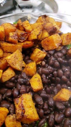 Sweet Potato Black Bean Quinoa Bowl -FREE 4 Day Meal Plan
