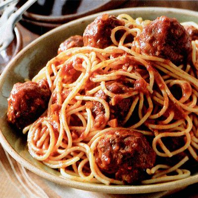 Meatballs and Old-Fashioned Tomato Sauce: Food Recipes, Old Fashion Tomatoes, Tomatoes Sauces, Good Housekeeping, Pasta Dishes, Recipes Pasta, Aunt Katy, Favorite Meals, Oldfashion Tomatoes