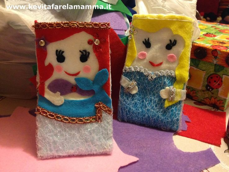 Cover per il cellulare handmade a tema Principesse disney e Frozen