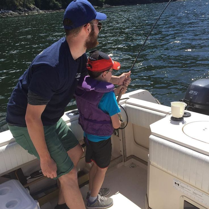 Catching his first coho! Great experience with Ocean Adventure Centre #explorebc #destinationbc #fishing #kids #familyfun