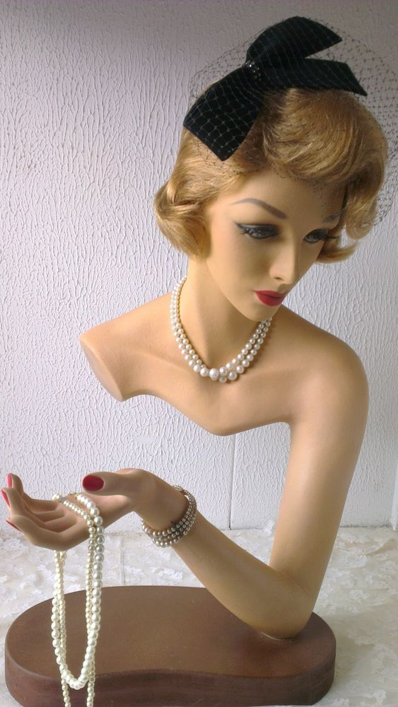 Great,vintage,presentation PIN-UP mannequin,flapper girl,mannequin head,bust,wow