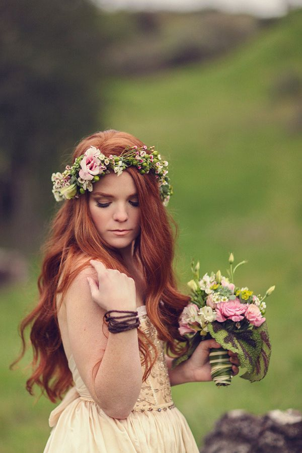 Pink and green floral crown and bouquet #redhead #Irish #redheaded