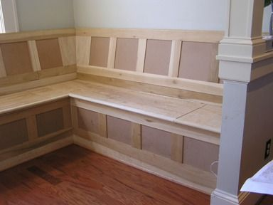 17 best ideas about kitchen booth seating on pinterest for Built in kitchen tables ideas