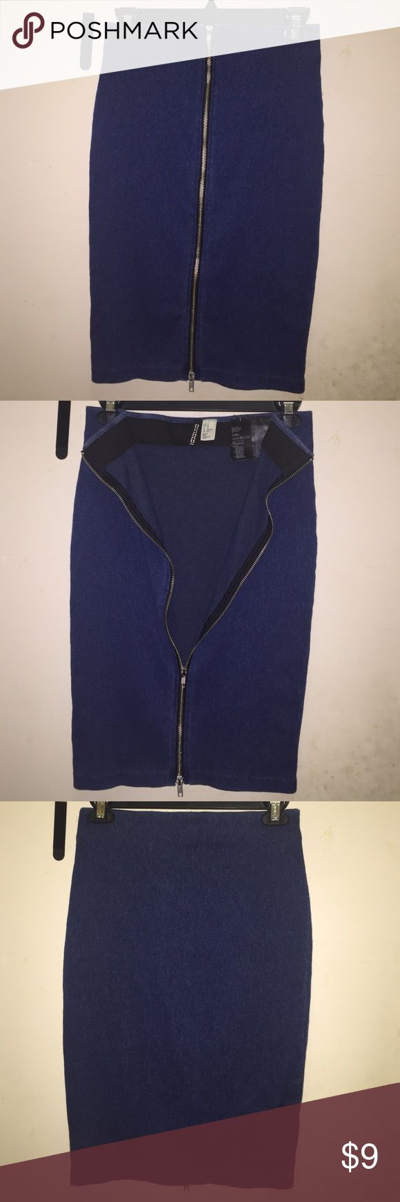 H&M stretch denim zip up midi skirt H&M stretch denim zip up midi skirt. Never worn. Zips from top to bottom. Has two zippers. Size extra small but lots of stretch so it can fit up to a size medium lady. Great buy wear to work or on a date. H&M Skirts Pencil