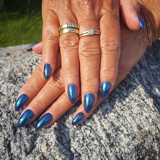 #bluechameleon #bluemirror #chameleon #kameleon #mirror #mirrornails #chromnails #chrom #lusterka #speinegler #niebieskie #bluedevil #indigonails #gelnails #gelenengler #paznokciezelowe #hybryda #paznokciehybrydowe #nail #nails #paznokcie #negler #Nägel #manicure #manikyr #glassnails #chromeeffect #ring #gold