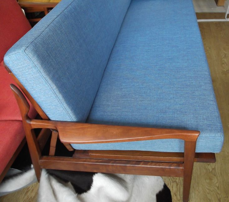 Fler Narvik day bed couch by Fred Lowen fully restored | Red Rider