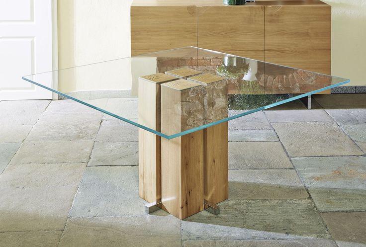 Säulen Esstisch Alria mit Glastischplatte und Massivholz Sockel
