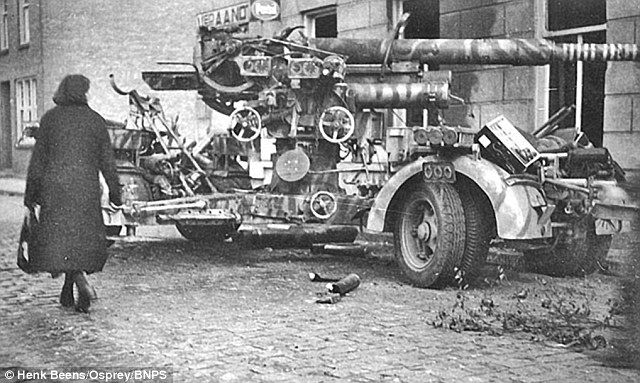 A captured German 88mm gun in Eindhoven